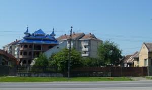 Gypsy Palace, Heudin, Romania